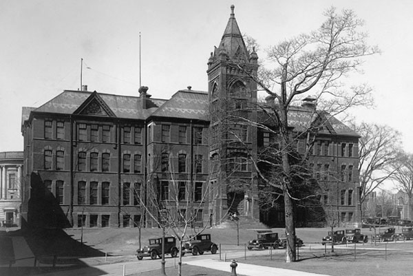 Women in engineering at u of t a timeline u of t for Chair in engineering design university of toronto