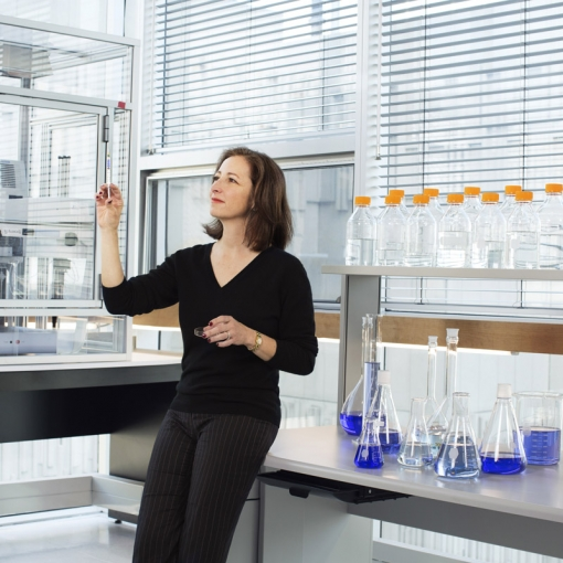 Professor Molly Shoichet is leading award-winning nano-material delivery research that could help restore brain and nerve connections damaged by stroke, spinal cord injury, blindness (Photo: L'Oréal).