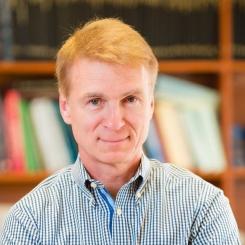 Professor David Zingg (UTIAS) has been named the University of Toronto Distinguished Professor of Computational Aerodynamics and Sustainable Aviation. (Photo: Neil Ta)