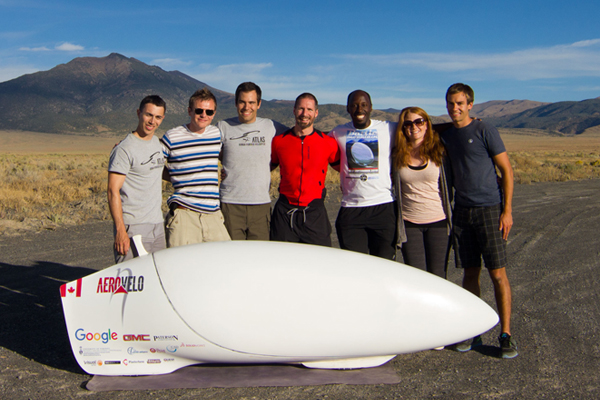 The Aerovelo team, co-founded by U of T Engineering Alumni Todd Reichert (EngSci 0T5, UTIAS PhD 1T1) and Cameron Robertson (EngSci 0T8, UTIAS MASc 0T9), set a new world record for the fastest human-powered vehicle on earth, breaking their own record set the year before. (Photo: Anupam Singhal)