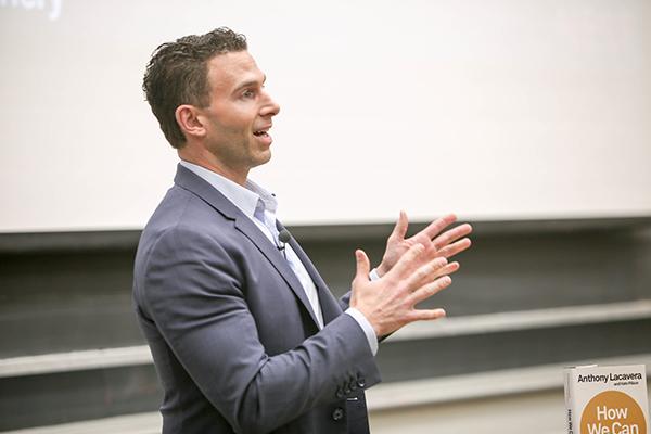 U of T Engineering alumnus Tony Lacavera (CompE 9T7) addresses aspiring entrepreneurs as part of startup accelerator The Entrepreneurship Hatchery's speaker series, Nov. 23, 2017. (Credit: Tristan Cannon-Sherlock).