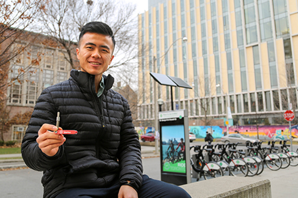 Peter Wen (Year 4 MechE) shows off the Telehex, the multipurpose hex-key tool he designed and launched through The Entrepreneurship Hatchery. Wen says he spent over a thousand hours developing his first prototypes — something that will be much easier for students working in the forthcoming Centre for Engineering Innovation & Entrepreneurship. (Credit: Marit Mitchell).