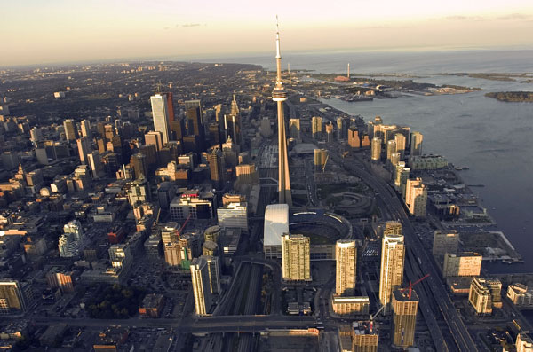 Professor Alberto Leon-Garcia (ECE) and his partners aim to use data to improve the efficiency and livability of cities such as Toronto. (Photo: City of Toronto, via Flickr)