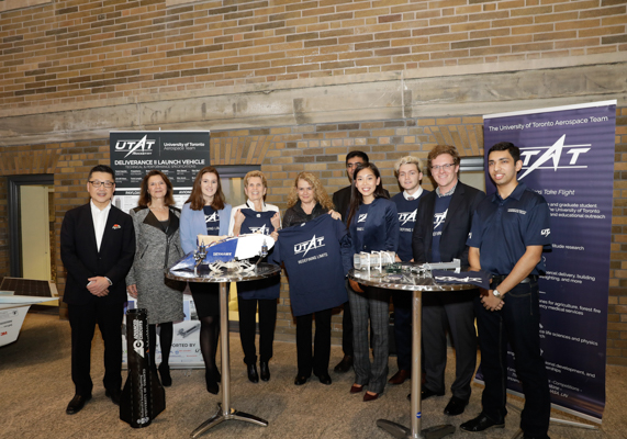 Members of the University of Toronto Aerospace Team with Yung Woo, CEO of MaRS, Dean Cristina Amon, Premier Kathleen Wynne, and Governor General Governor General Julie Payette (ECE 9T0). (Photo: Jenna Muirhead)