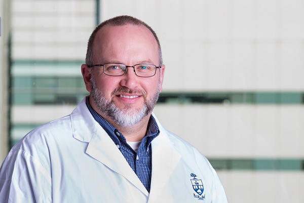 Professor Craig Simmons (MIE, IBBME) has been elected into the American Institute for Medical & Biological Engineering's (AIMBE) College of Fellows, one of the profession's highest distinctions. (Photo: Neil Ta).