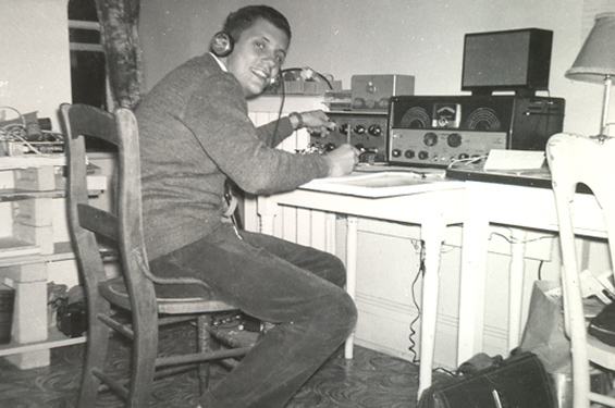 Then-electrical engineering student Dr. Donald Studney (ElecE 6T3, IBBME MASc 6T7, MD 7T0), sits at his first amateur radio station in 1961. (Courtesy: Donald Studney)