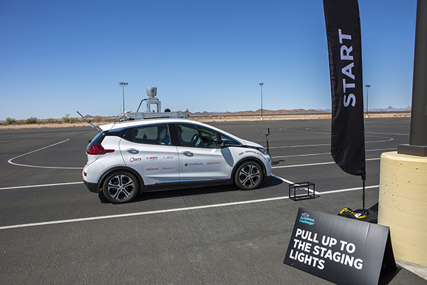 Zeus, the aUToronto team's self-driving car, pulls up to the startline at the inaugural competition of the three-year AutoDrive Challenge™ in Yuma, Ariz. (Courtesy: SAE International)