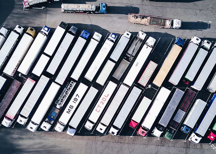 New study led by Professor Greg Evans (ChemE) shows that trucks and larger vehicles contribute disproportionately to air-pollutant emissions. (Credit: Unsplash)