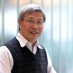 Professor Honghi Tran, recipient of the 2014 John S. Bates Memorial Gold Medal