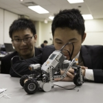 Students at the 2014 U of T Engineering Kompetition
