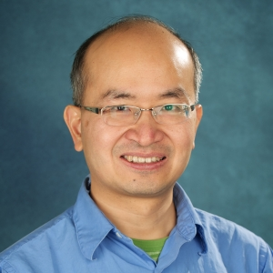 Electrical and computer engineering professor Hoi-Kwong Lo (ECE)