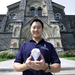 Gimmy Chu, a U of T Engineering alumnus, co-founded the green technology company Nanoleaf. The company developed the Nanoleaf LED light bulb, the world's most energy-efficient bulb. (Credit: Johnny Guatto).