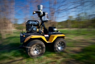 U of T Engineering research lets mobile robots drive themselves