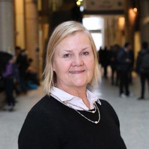 Professor Lesley Warren (CivE)