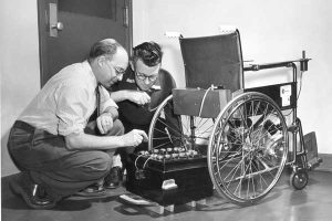 Klein (left) and his NRC colleague Robert Owens with an early prototype. Photo courtesy National Research Council of Canada.